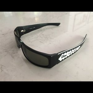 49533a424e1b Dior Accessories - DIOR D Trick 2 Black   white sunglasses